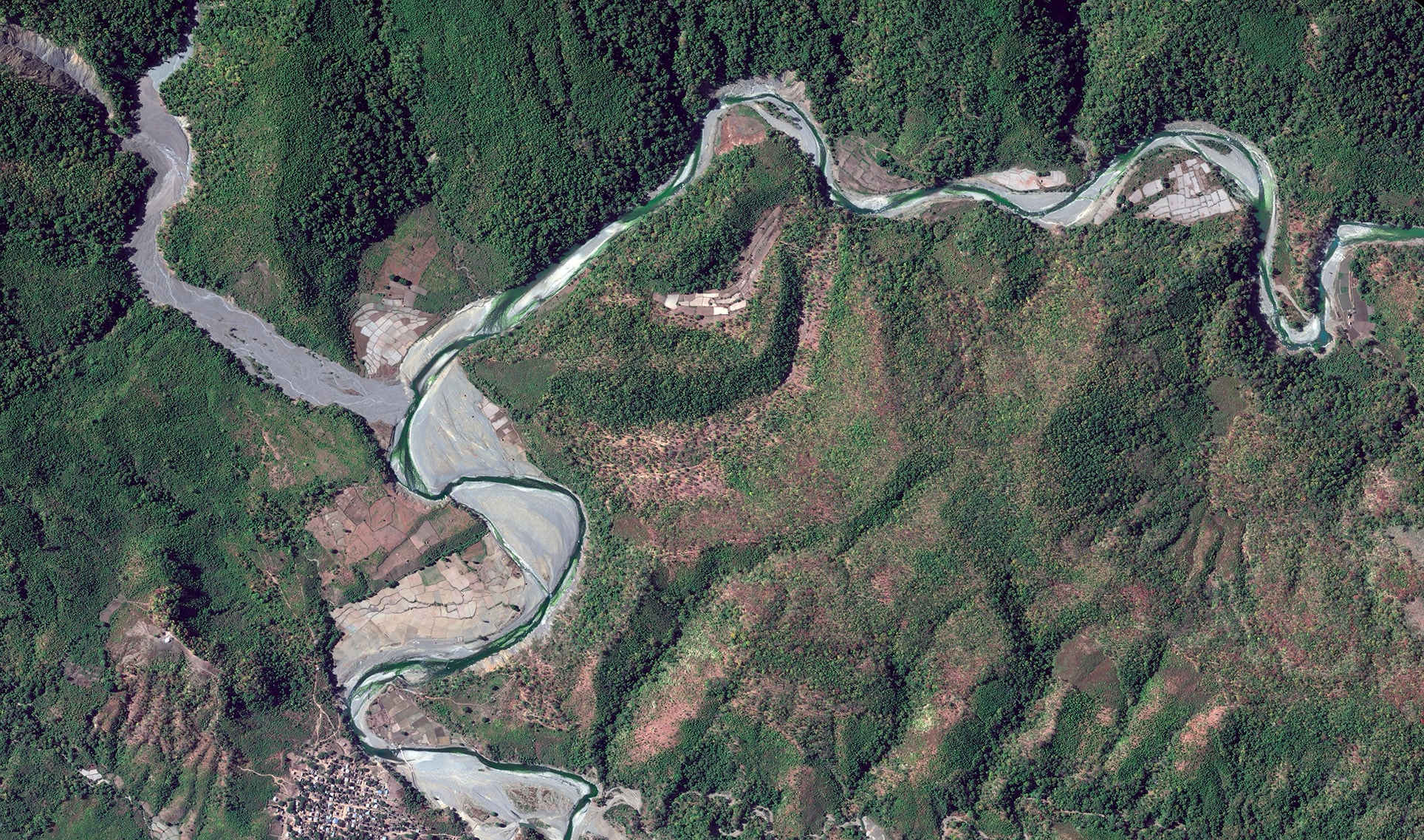 Earth Portrait 32 Myanmar, 2018, cm 67×120, 1/9