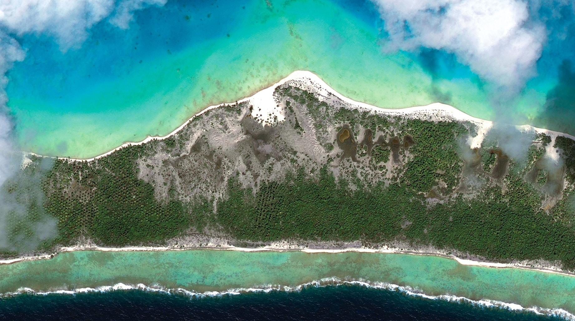 Oceania Sky-Land 2, 2014, cm 67×120, 1/9