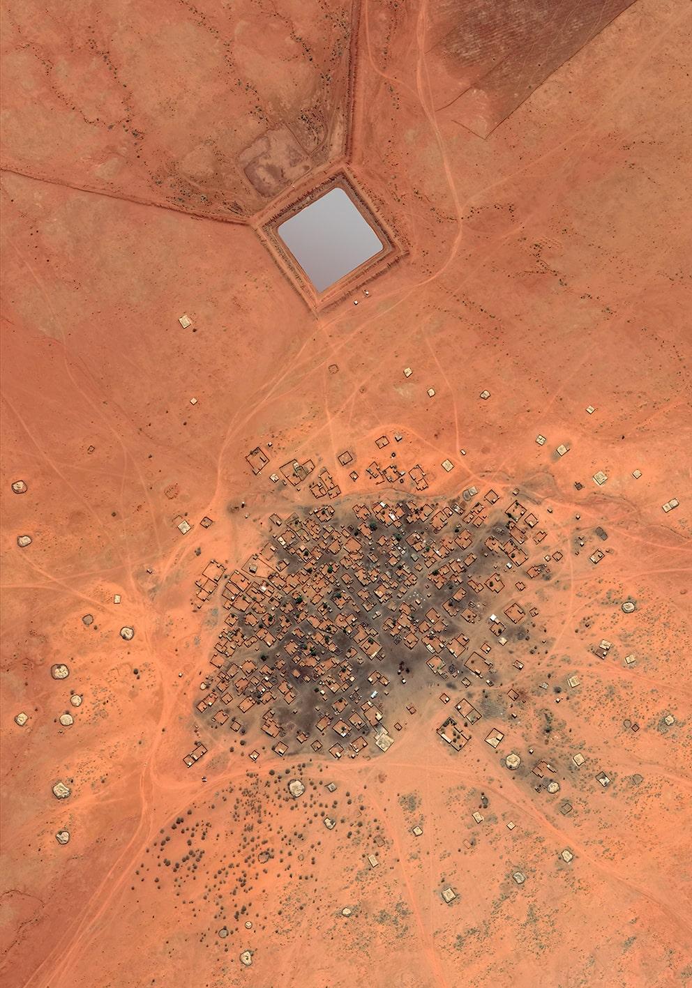 Human's City 10 Sudan, with mirror, 2020, cm 120×84, 1:9